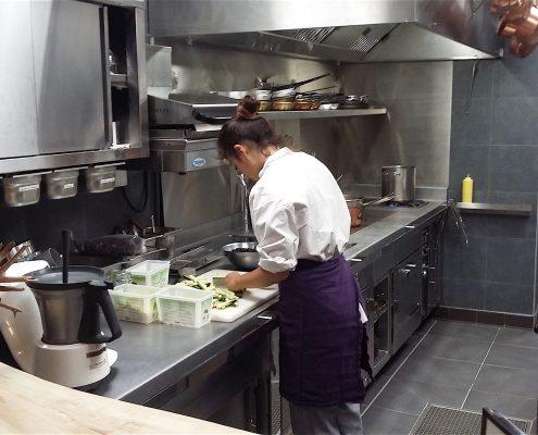 Espace préparation. Octopus, restaurant 1 étoile à Béziers. Réalisation Fidec, cuisiniste et frigoriste professionnel.